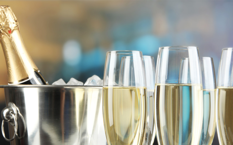 Champagne Producers Blame Falling Shipments on Brexit and Yellow Vest Protests