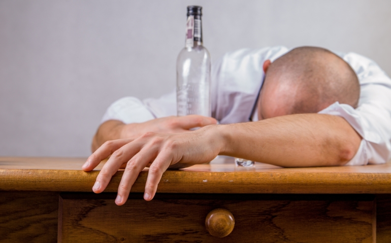 Quick 5 Tips on How to Beat a Hangover