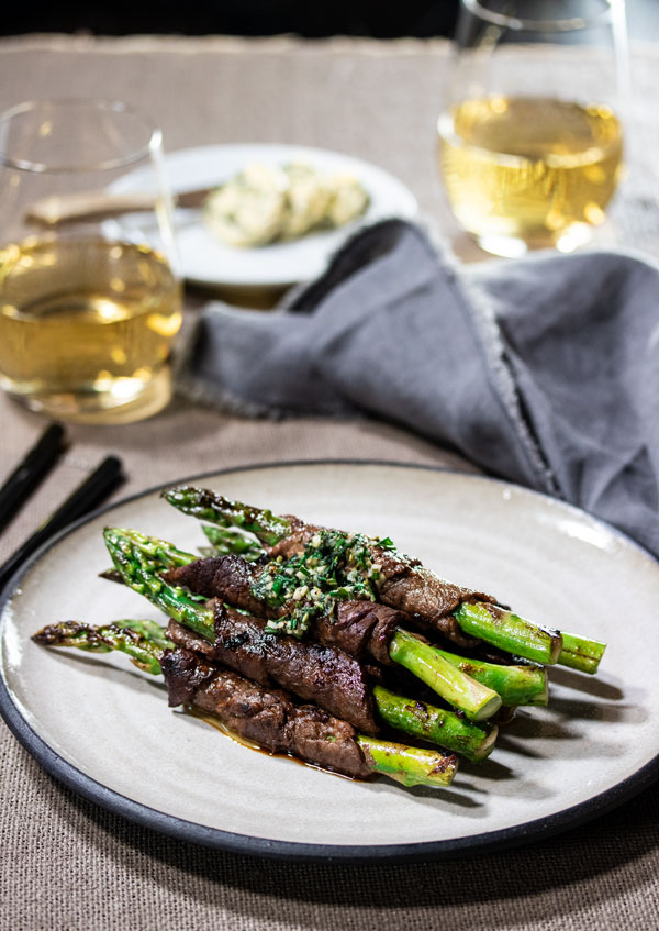 Beef Negimaki with Asparagus (Japanese Beef Teriyaki Rolls)