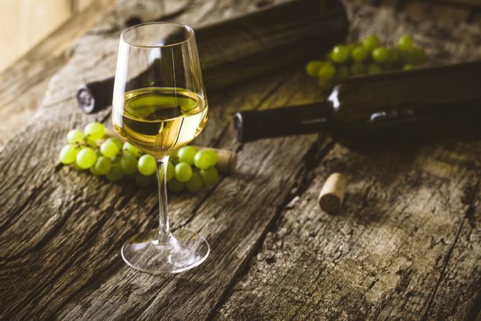11 Types of Dry White Wine