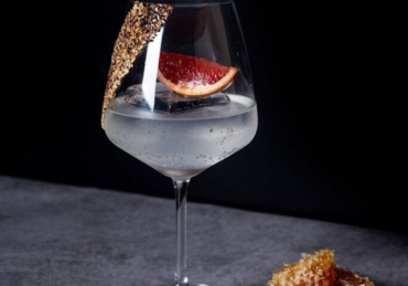 5 Smart Takes on the Gin & Tonic to Make Right Now