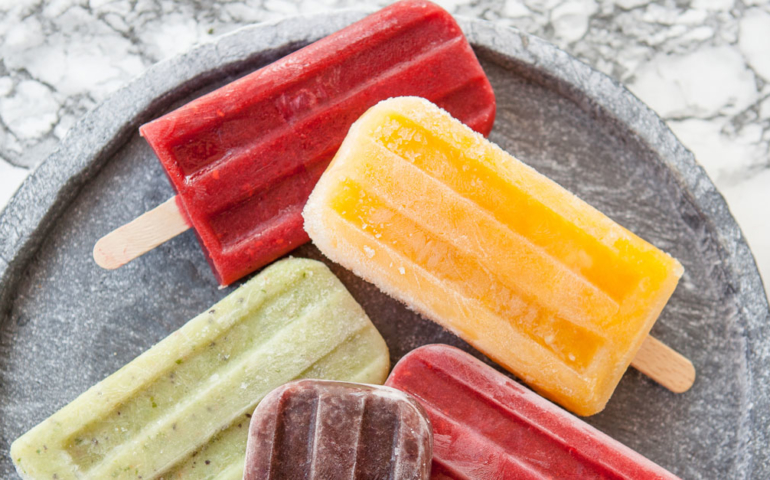 Disney Springs Releases Sangria and Mimosa Flavored Wine Pops