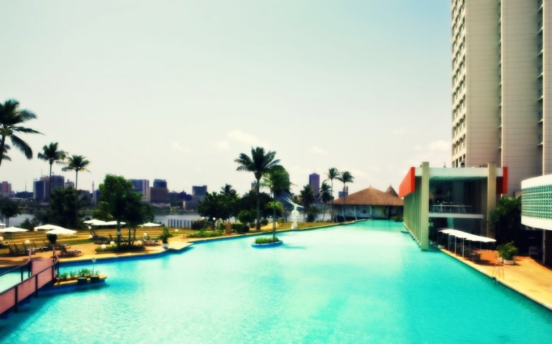 Sofitel-Abidjan-hotel-overlooking-Ebrie-Lagoon-780x486