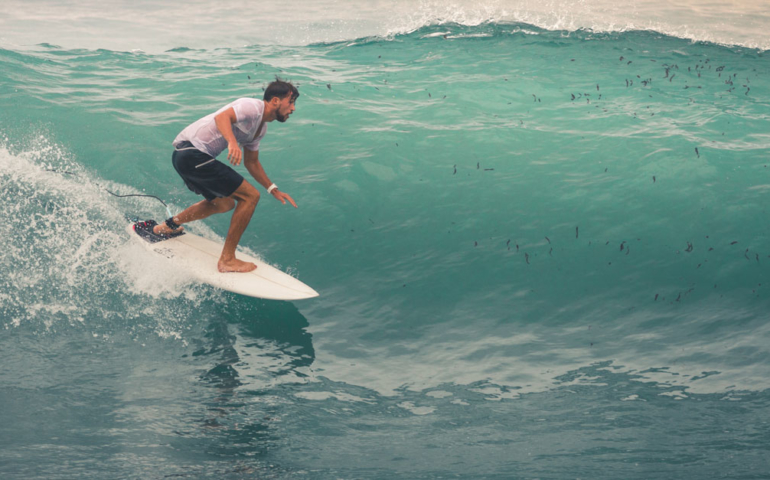 Surfer Attacked By Shark, Hits Up the Bar, Not the ER