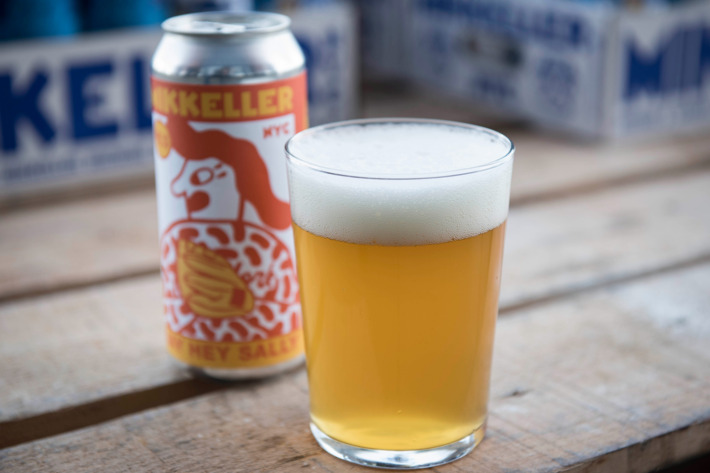 NEW YORK METS: MIKKELLER HENRY HOPS AND SAY HEY SALLY