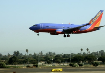 How To Score Free Drinks on Your Next Southwest Flight