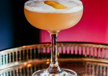 11 Essential Cocktails for Your October Parties