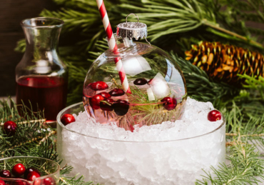 11 Festive Cocktails to Make This Holiday Season