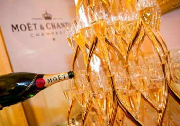 Top 10 Most Sold Bottles Of Champagne In 2019.