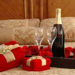valentine-hotel-room