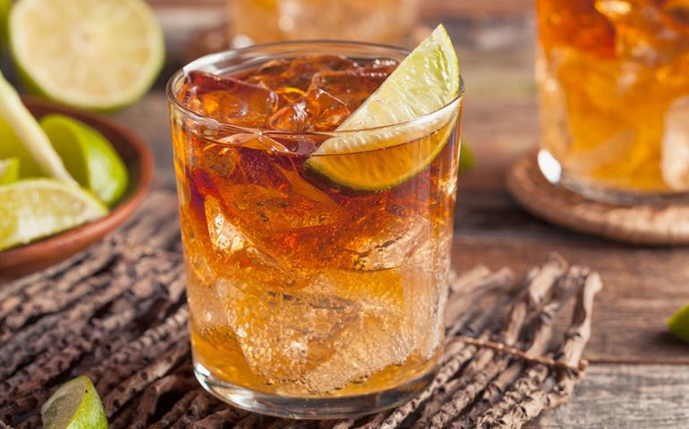 8 of the Best Rum Mixers