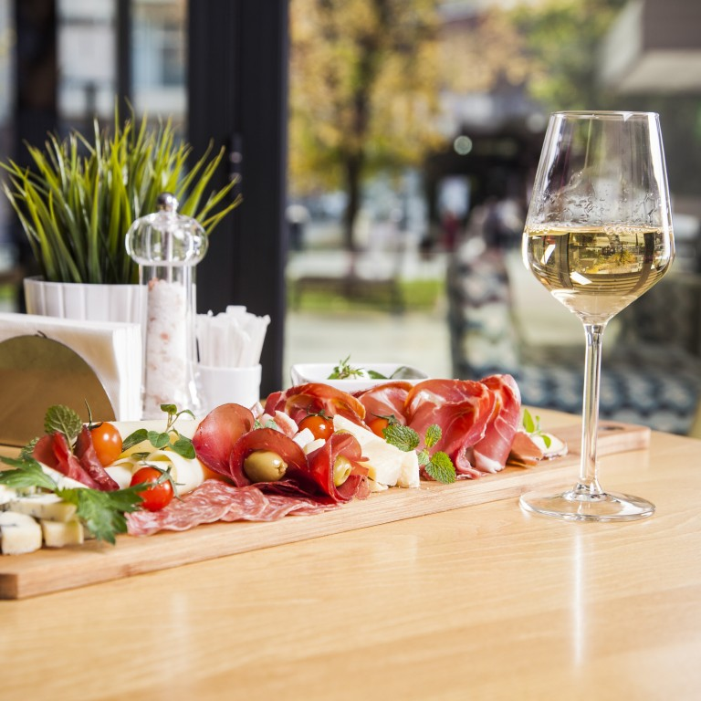 The Best Wines to Serve on Easter
