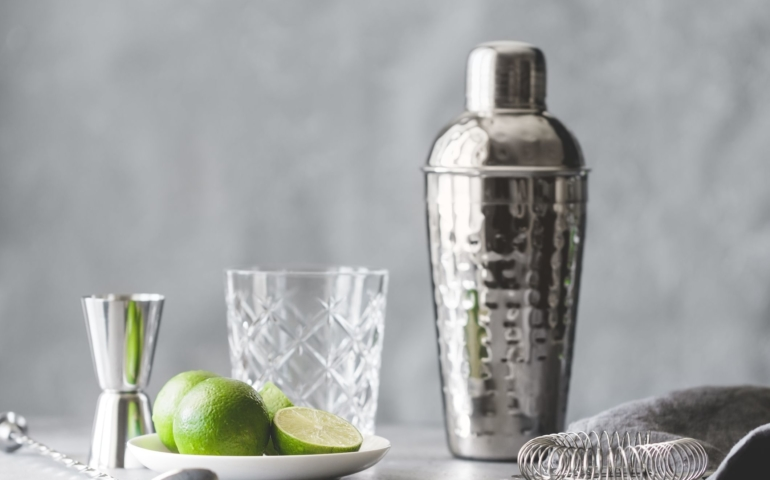 The 9 Best Cocktail Shakers of 2020, According to Experts