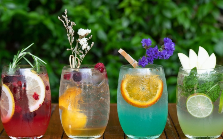 5 Nonalcoholic Ready-to-Drink Cocktails to Try Right Now