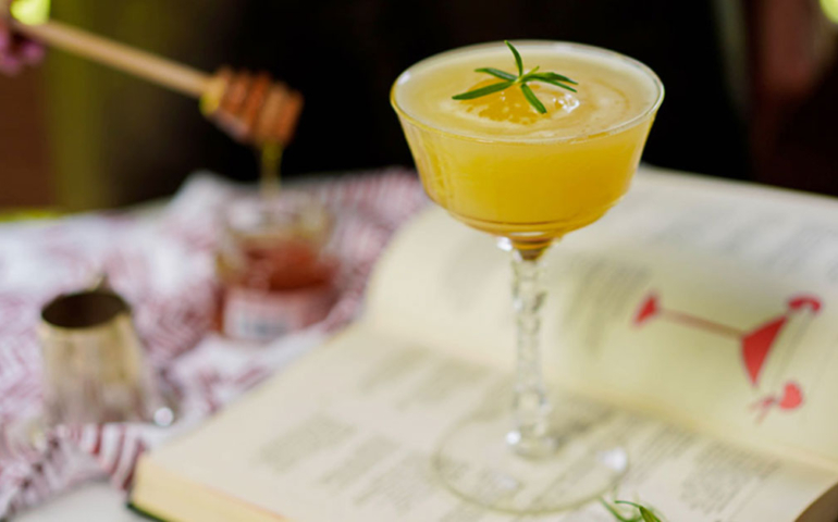Eight of the Best Whiskey Cocktails to Make at Home This Summer