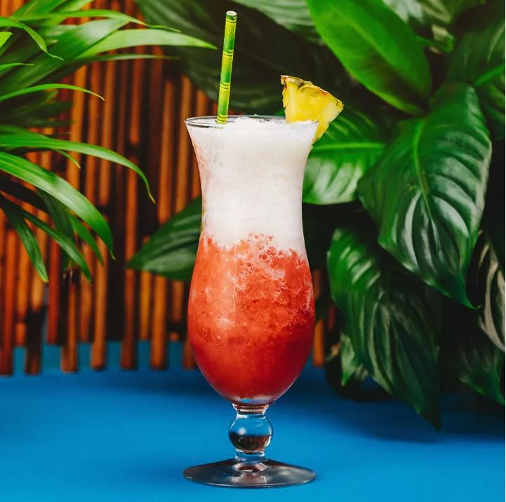 11 Essential Cocktails for Your July Parties